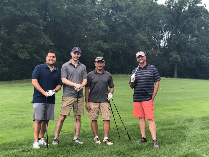 Anesthesiolgy residents golfing