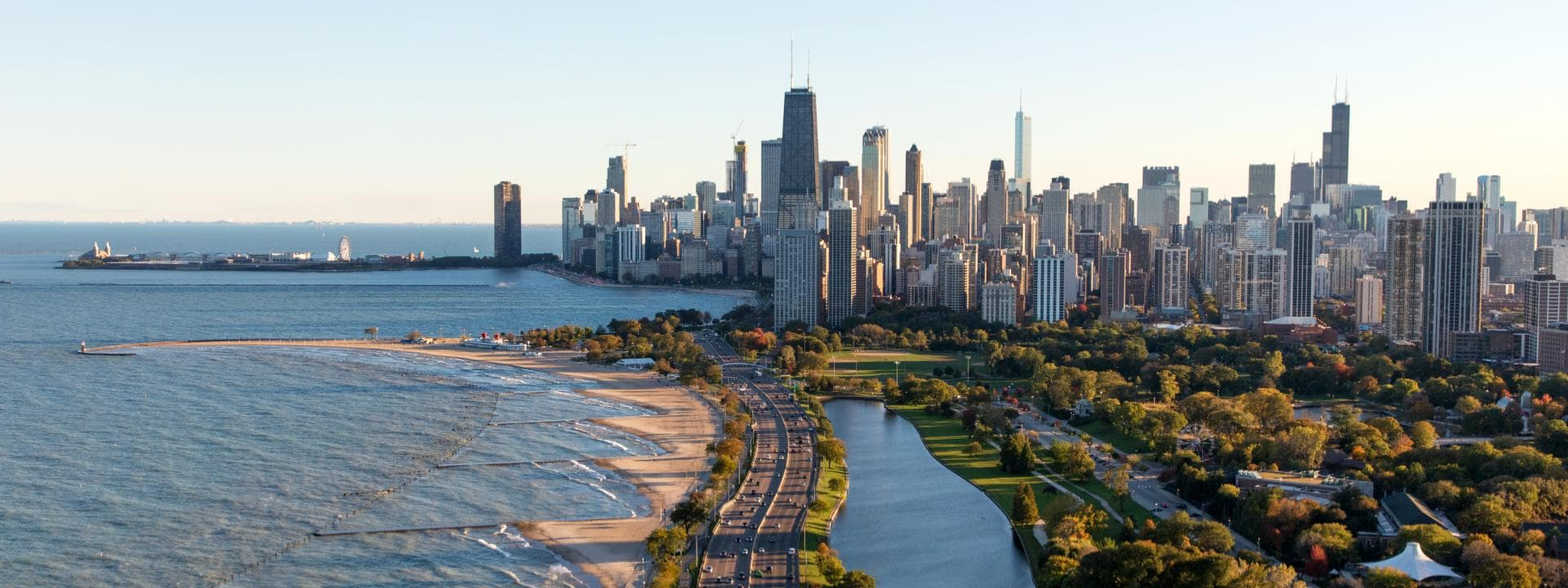 View of the Chicago lakeshore and downtown skyline