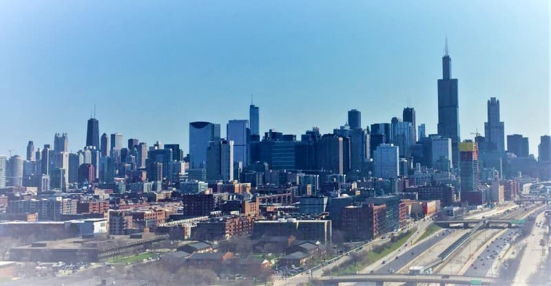 Skyline of Chicago on a sunny day