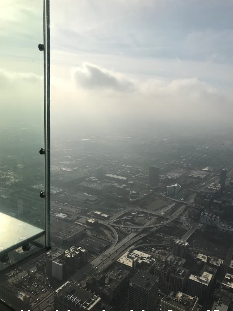 Panoramic view of Chicago from the Willis Tower Skydeck