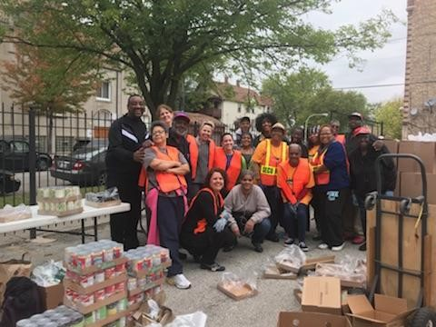 Members of the Behavioral Scieneces Department volunteer at Hope Community Church for their neighborhood food pantry
